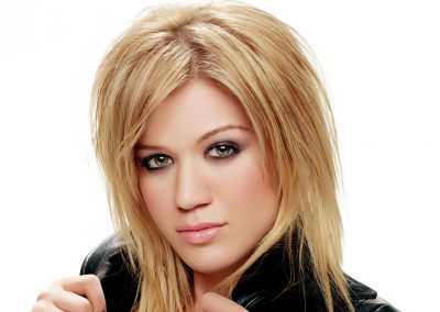 KELLY CLARKSON_1